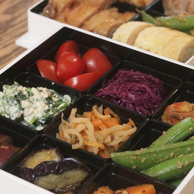 自宅の庭でお弁当を食す。#お弁当#手作り#和風のおかず